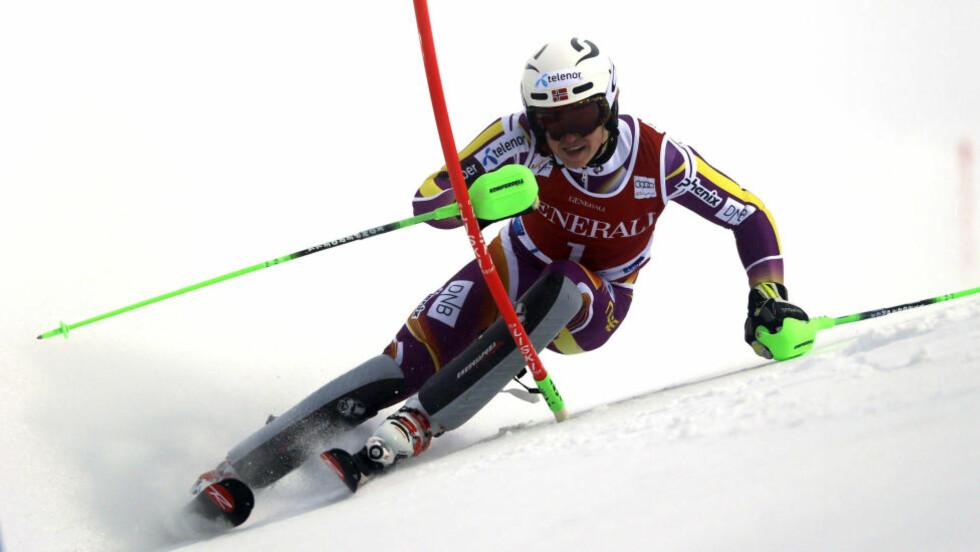 KJØRTE UT: Henrik Kristoffersen vant sesongens første slalåmrenn i verdenscupen, men i Åre søndag kjørte han ut tidlig. Foto: AP Photo / Shinichiro Tanaka / NTB Scanpix