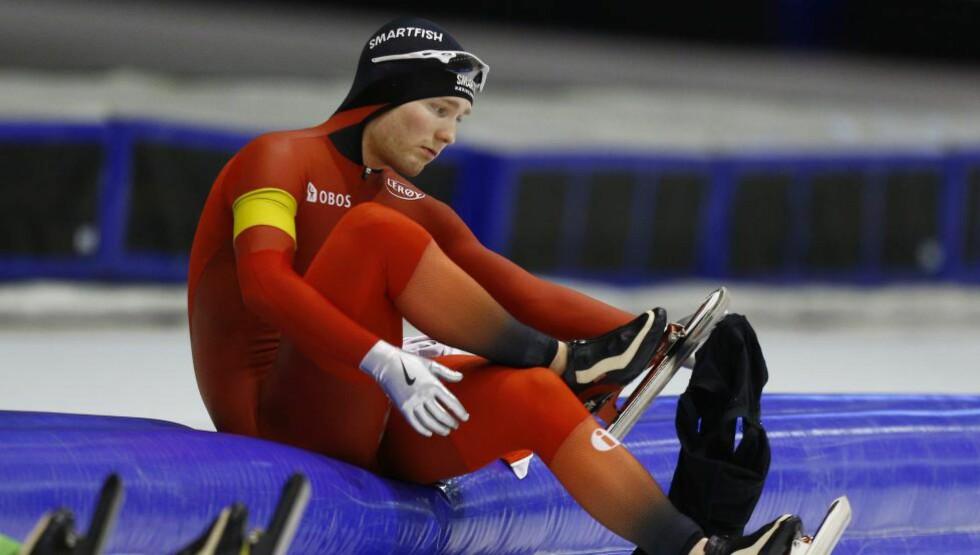 TUNGT: Den ble en tung dag for Sverre Lunde Pedersen og flere av de norske skøyteløperne i Heerenveen søndag. Bergenseren måtte ta til takke med 9.-plass på 1500 meter. Foto: REUTERS / Michael Kooren / NTB Scanpix