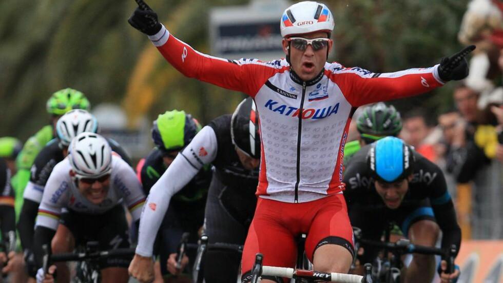 INN I SYKKELEVIGHETEN: I den internasjonale sykkelsporten er det triumfen i monumentet Milano-Sanremo Alexander Kristoff huskes best for i 2014. Foto: AFP PHOTO / JEAN CHRISTOPHE MAGNENET / NTB Scanpix