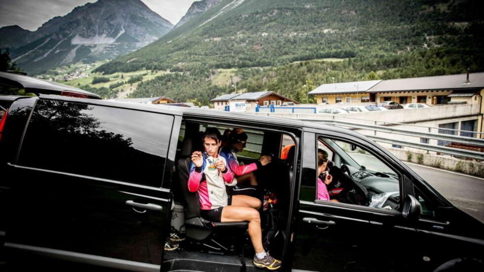 STOURE MÅL: Marit Bjørgen og resten av langrennslandslaget forbereder seg til nok en langrennssesong i de endeløse bakkene rundt Livigno i Italia. Motbakketreninga kan bli gull verdt når Bjørgen går for å vinne det eneste hun ikke har vunnet så langt i karrieren, nemlig Tour de Ski. Foto: Thomas Rasmus Skaug