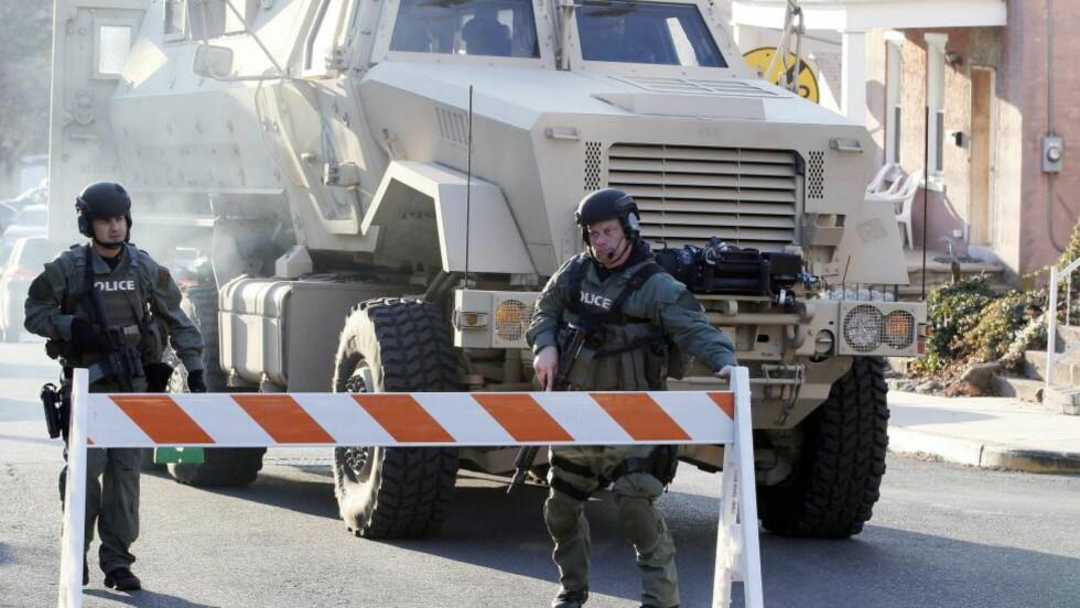 JAGER DEN ETTERLYSTE: Politiet i Pennsburg i Pennsylvania søker etter Bradley William Stone. Foto: EPA / TOM MIHALEK / NTB scanpix
