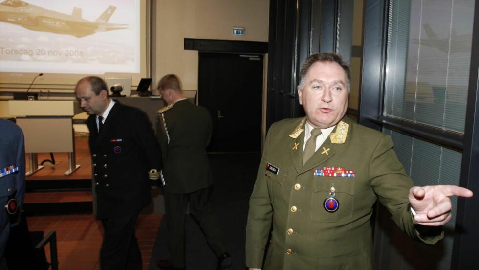 VIL BIDRA MER: Tidligere forsvarssjef, Sverre Diesen, tar til orde for at Norge må bidra mer i kampen mot IS. Foto: Hans Arne Vedlog, Dagbladet