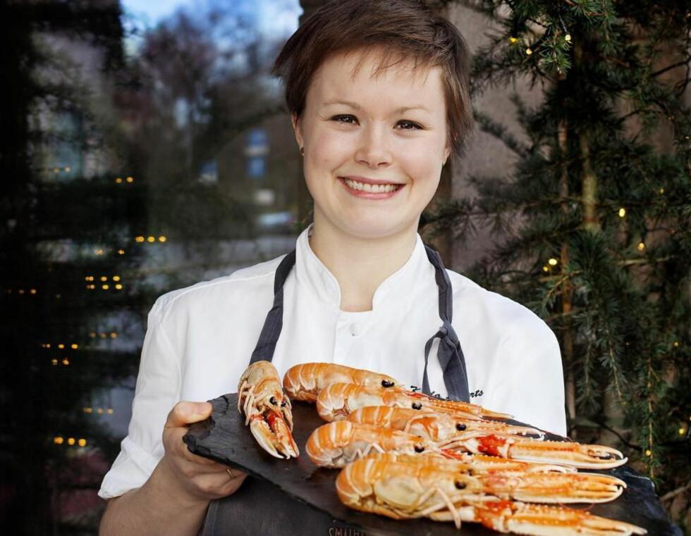 NORSK: Karla Siverts bruker norsk sjøkreps som forrett når hun lager festmat til nyttårsaften. Krepsen blander hun med eksotiske smaker. Foto: METTE MØLLER