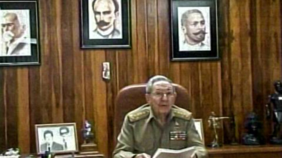 ENIGE: Raul Castro bekreftet enigheten med USA da han holdt sin kunngjøring samtidig som Obama. Foto: NTB Scanpix
