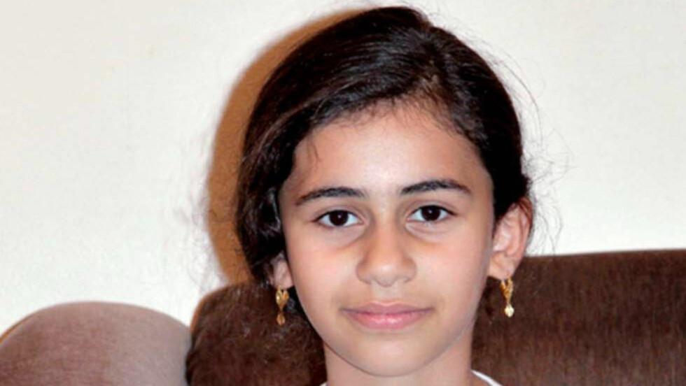 KASTET UT: Misbrukte Utlendingsnemnda (UNE) sin myndighet da den vedtok å sende Neda Ibrahim (13) og familien tilbake til Jordan? Spørsmålet vurderes av Oslo tingrett når en ny rettsrunde i saken starter mandag. Foto: Privat