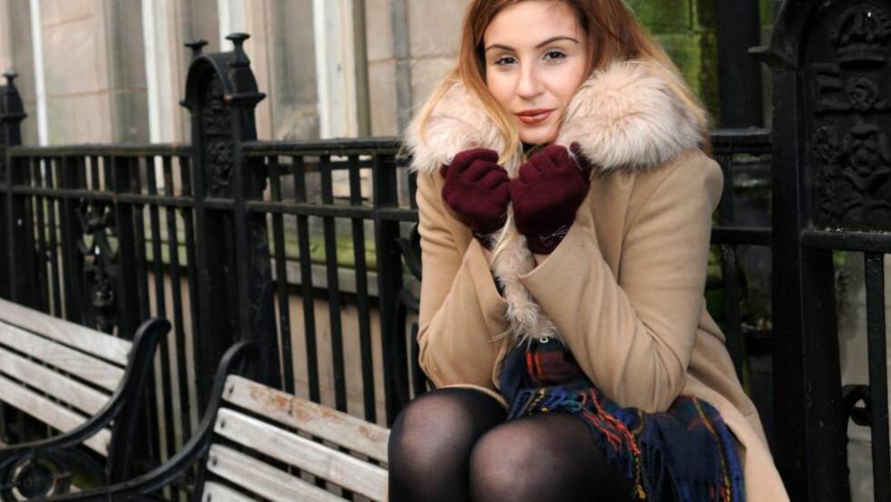 RØRER HELE STORBRITANNIA: Dominique Harrison-Bentzen ble så rørt av den hjemløse mannens gest at hun nå har samlet inn nesten 300 000 kroner til en leilighet.  Foto: Rossparry/Lancashire Evening Post/ SNSW/ Bulls.
