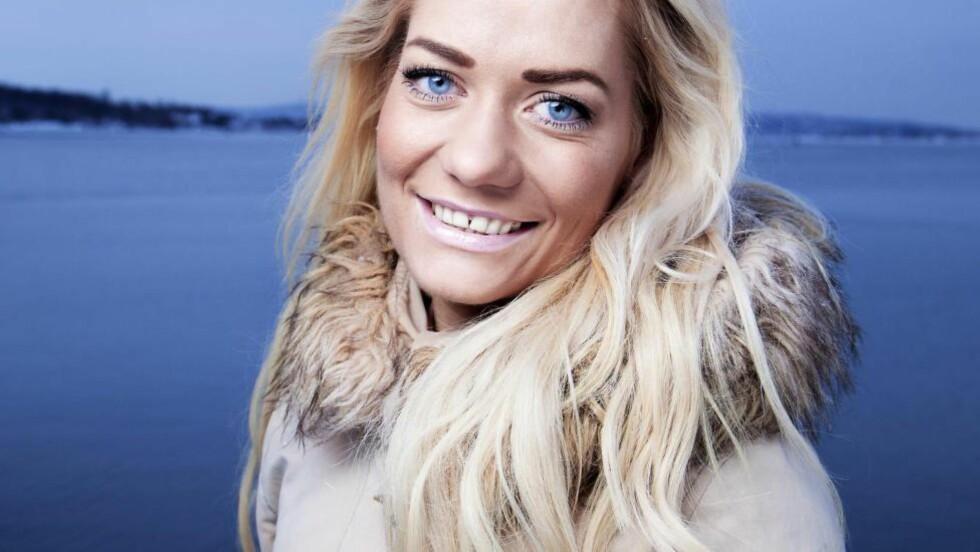 VÅGER Å SI I FRA: Sandra Borch sbakker rett fra levra om det meste som hun brenner for og det får folk til å miste forstanden og oppføre seg som tullinger.  Foto: Lars Myhren Holand