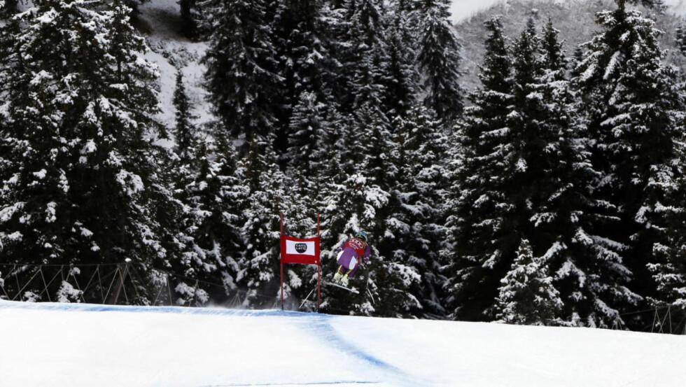 FAVORITT: Etter den strålende sesonginnledningen må Kjetil Jansrud finne seg i å bære favorittstempelet også denne helga når fartssirkuset fortsetter i Val Gardena. Foto: AP Photo/Marco Trovati/NTB Scanpix