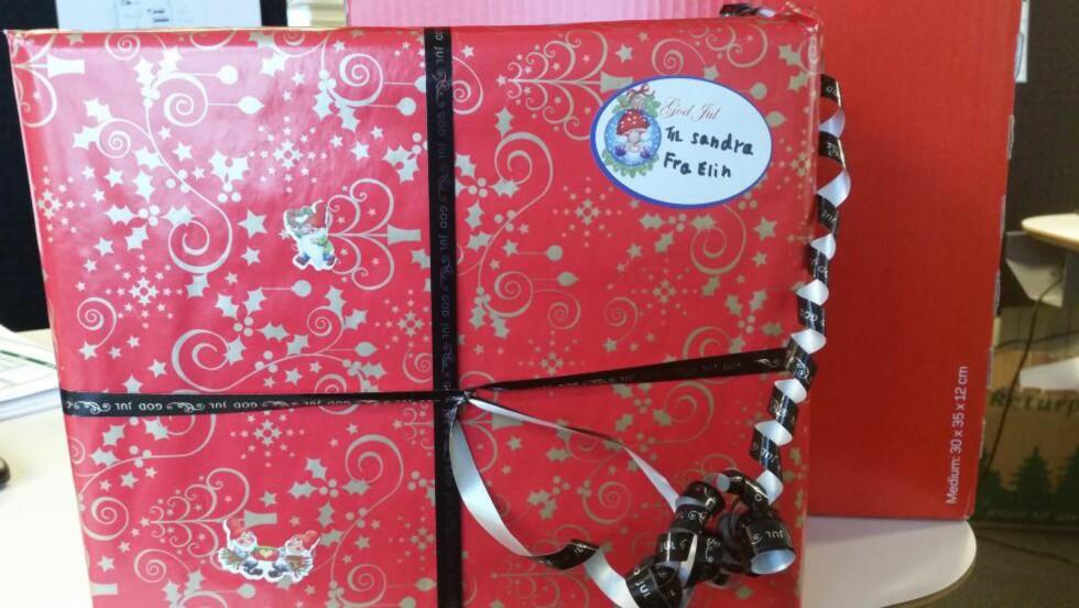 HAR DU SENDT DENNE?:  Postens julegavedetektiv vil gjerne komme i kontakt med vedkommende som har sendt denne. Vet du hvem det er? Foto: Posten