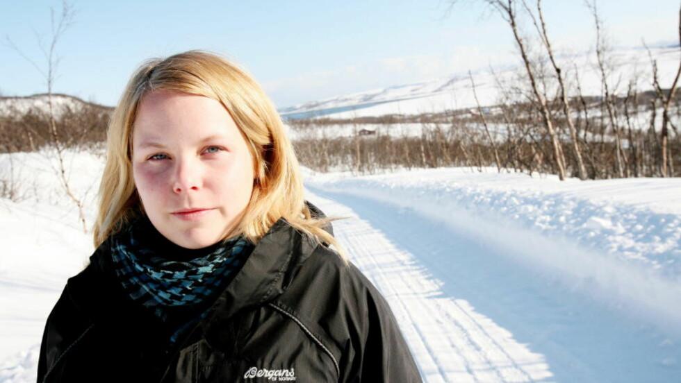 TEGNET TILSVARET:  Istedet for å skrive en tung kronikk, laget Kirsti Bergstø, representant for SV fra Finnmark, en tegneserie. Foto: Kjetil Magne Sørenes