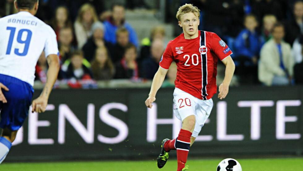 LYSPUNKTET: Mats Møller Dæhli var blant Norges bedre i den lite oppløftende EM-kvalikåpningen mot Italia. Norge tapte. Foto: Sjur Stølen / Dagbladet