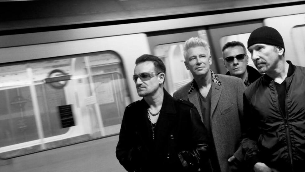 PÅ'N IGJEN: U2 ga i går kveld plutselig ut sitt 13. studioalbum - på Apple-lanseringen.