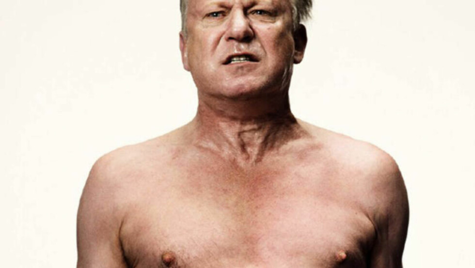 HEFTIG: Det er mange eksplisitte nakenscener i filmen, bla. med svenske Stellan Skarsgård.