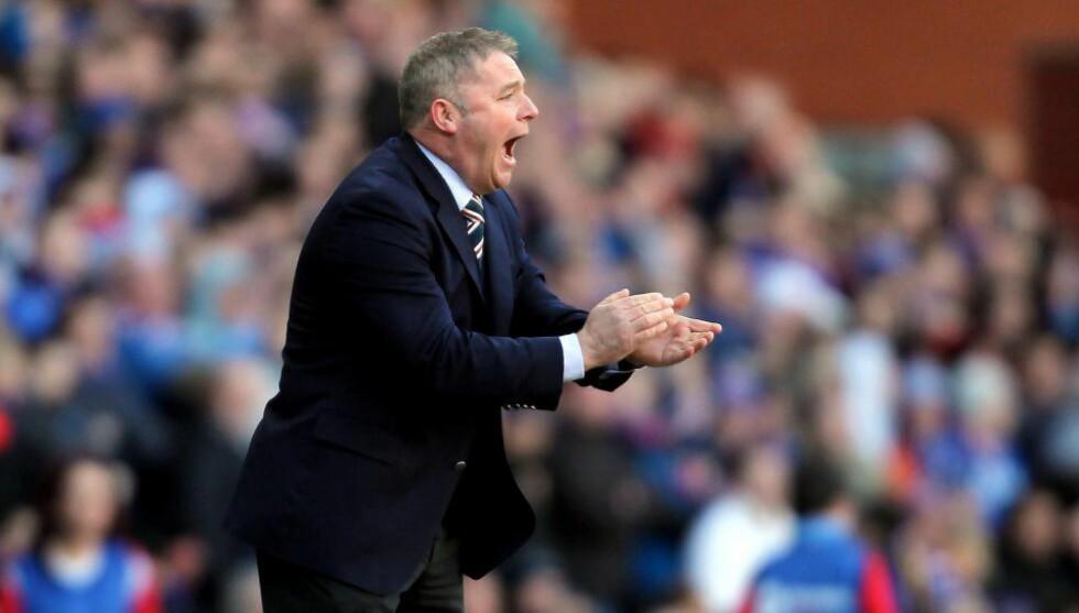 FERDIG I RANGERS: Ally McCoist slutter som trener for den skotske klubben med umiddelbar virkning. Foto: IAN MACNICOL / AFP PHOTO