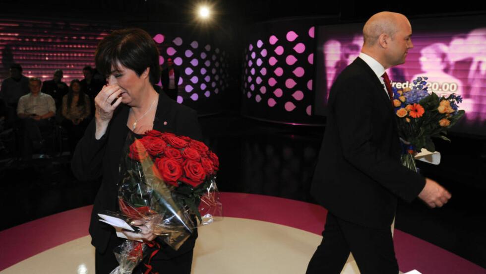 KNUST: Socialdemokraternas leder Mona Sahlin gikk av etter valget for fire år siden, etter deres dårligste valg på nesten 100 år. Moderaternas Fredrik Reinfeldt ble gjenvalgt som statsminister, men de mistet flertallet i Riksdagen - med knapp margin. Foto: Anders Wiklund / NTB Scanpix