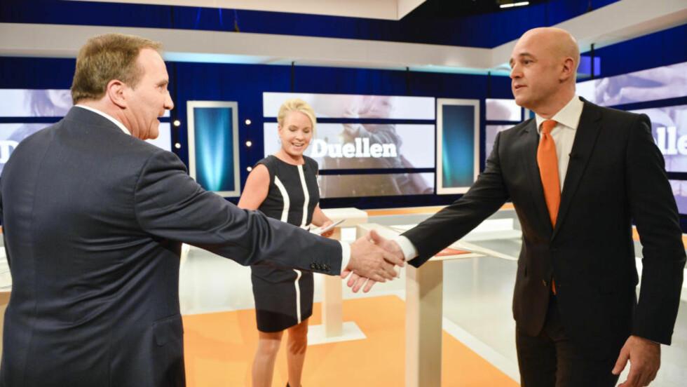 TAPERDUELL: Leder for Socialdemokraterna Stefan Löfven (t.h.) utfordrer Moderaterna-leder Fredrik Reinfeldt om jobben som statsminister. Men de to store partiene i Sverige går mot svært dårlige valgresultat - Reinfeldts parti kan gå tilbake 8-9 prosentpoeng fra 2010-valgets oppslutning på 30 prosent. Og Löfvens parti ligger nå på rundt 30 prosent - det betyr at han kan gjøre det enda dårligere enn forgjengeren Mona Sahlins 30,6 prosent i 2010, som er det dårligste valget for Sossarna siden allmenn stemmerett ble innført. Foto: HENRIK MONTGOMERY / NTB scanpix