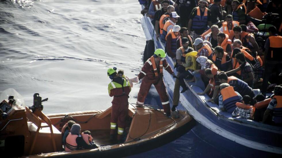 ENORM ØKNING:  Bare den siste uka har antalle flyktninger i Middelhavet økt enormt i omfang. I går, mandag, var det ni paralelle redningsaksjoner. Foto: Norsk sjømann, via Rederiforbundet