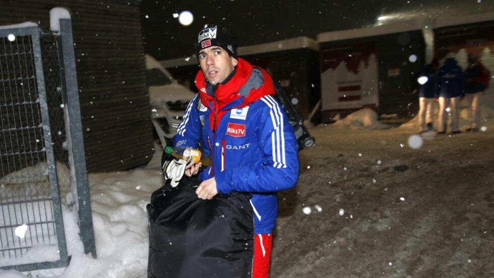 SKUFFET:  Anders Bardal kom på 21. plass i det første hoppukerennet i går. Foto: Terje Bendiksby / NTB scanpix