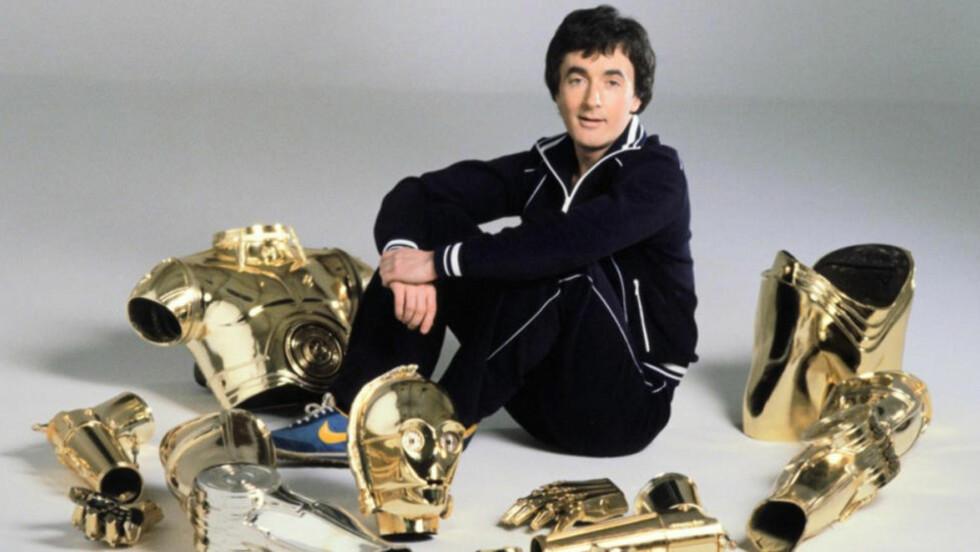 IKLER SEG KOSTYMET NOK EN GANG: Også i «Star Wars: Episode VII» vil Anthony Daniels ikle seg C-3PO-kostymet. Foto: LUCASFILM