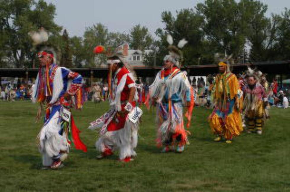 NORD-DAKOTA: Bli med på indianerfestivalen Pow Wow, den største samlingen av indianerstammer fra hele USA. Foto: NORD-DAKOTA TURISTKONTOR