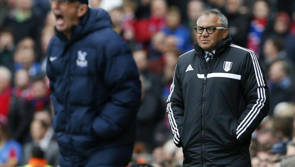 SPARKET: Fulham-manager Felix Magath har fått sparken etter sju måneder i jobben. Foto: AFP PHOTO / JUSTIN TALLIS / NTB Scanpix