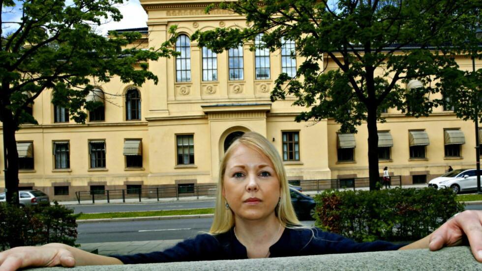 «MAFIA-METODER»: «Enten takker jeg ja til en avtale som knebler meg og forhindrer meg i å rette opp den uretten som er begått mot meg, eller så er jeg arbeidsløs når stipendiatperioden går ut fredag», skriver doktorgradsstipendiat Elin Brødholt om den pågående krangelen med Universitetet i Oslo. Foto: Jacques Hvistendahl / Dagbladet