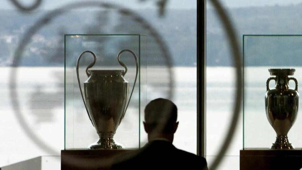 DOPINGKONTROLL: Det europeiske fotballforbundet (UEFA) ønsker å innføre krav om at alle spillere som deltar i mesterligaen skal ha biologiske pass. Foto: EPA/JEAN-CHRISTOPHE BOTT/NTB SCANPIX