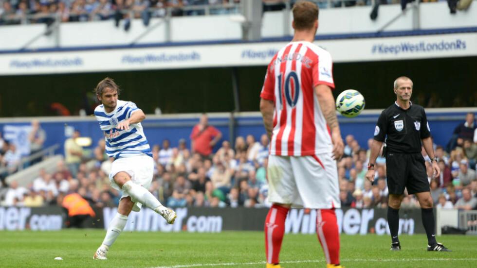 PERLE: Queens Park Rangers-spiller Niko Kranjcar skrur inn 2-2 mot Stoke etter 88 minutter. Foto: AP Photo/PA, Adam Davy