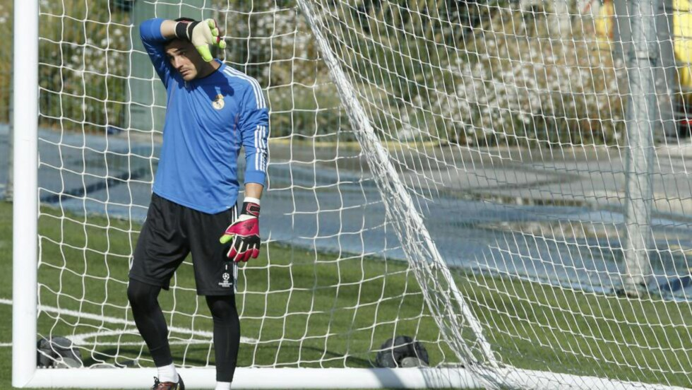 SYNDEBUKK. Ilker Casillas droppes i mål allerede etter fire seriekamper, melder www.marca.com. Foto: EPA.