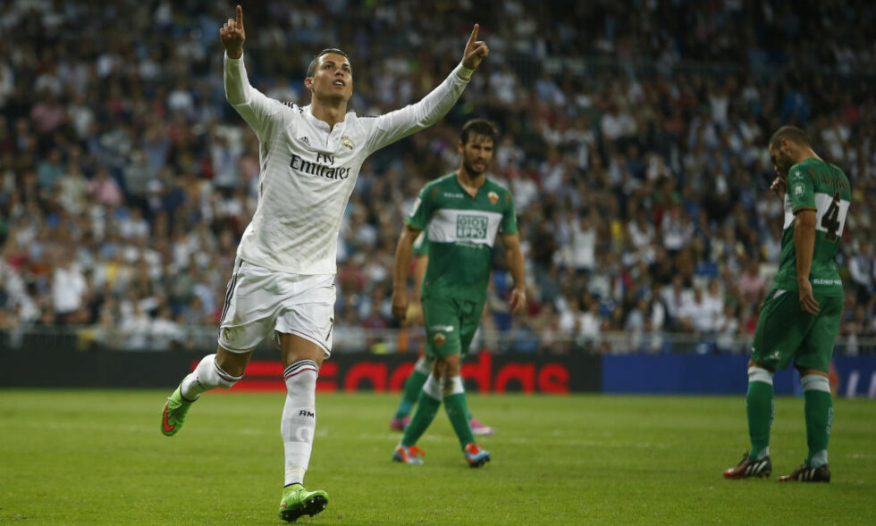 TIL SALGS?: Cristiano Ronaldo kan forlate Real Madrid etter sesongen. AP Photo/Andres Kudacki