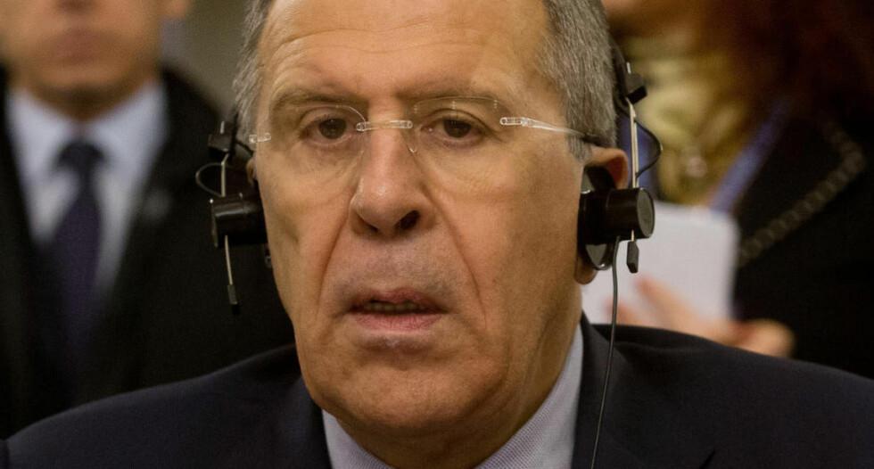 ØNSKER MODERNISERING: Russlands utenriksminister Sergej Lavrov mener tiden er inne for at Russland moderniserer sine kjernefysiske og konvensjonelle våpenarsenal. Foto: Brambatti Peri/AP/Scanpix