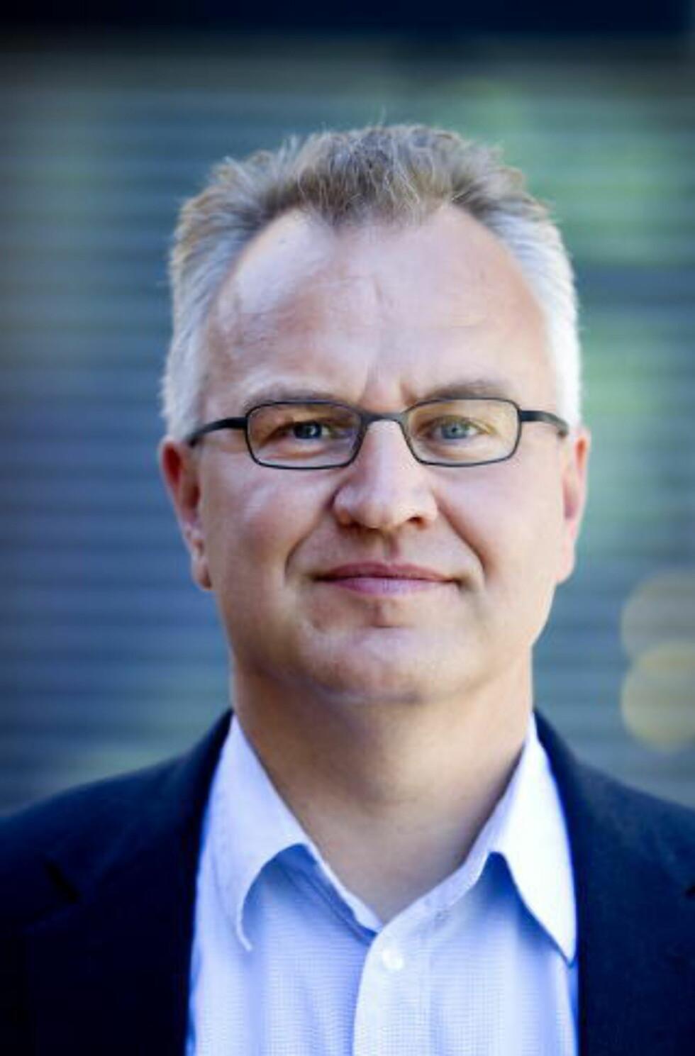 FØLGER SITUASJONEN:  Kristian Berg Harpviken, direktør ved Institutt for fredsforskning. Foto: Gorm Kallestad / Scanpix