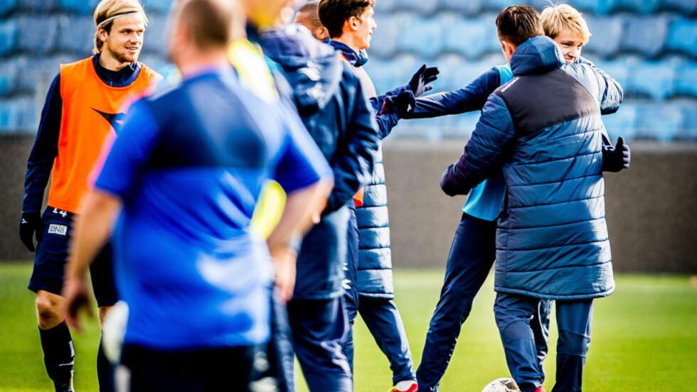 FIKK GRATULASJONER: I dag ble Martin Ødegaard tatt ut i troppen som møter Malta og Bulgaria. Foto: Thomas Rasmus Skaug / Dagbladet