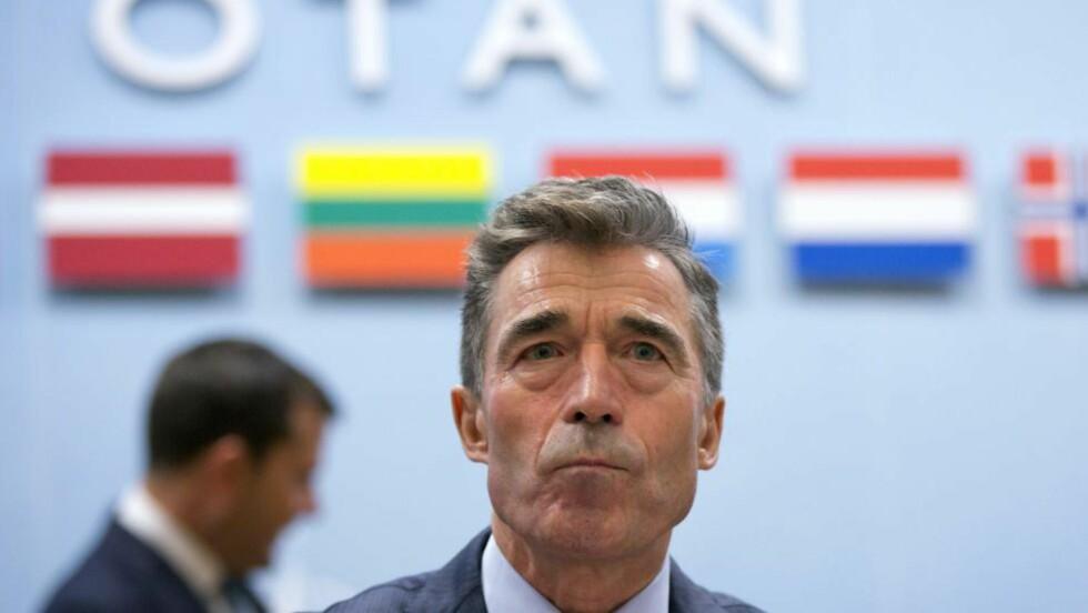 FORGJENGER:  Jens Stoltenberg tar over som NATO-sjef etter danske Anders Fogh Rasmussen. Foto: Virginia Mayo / Pool / AFP Photo / NTB Scapix