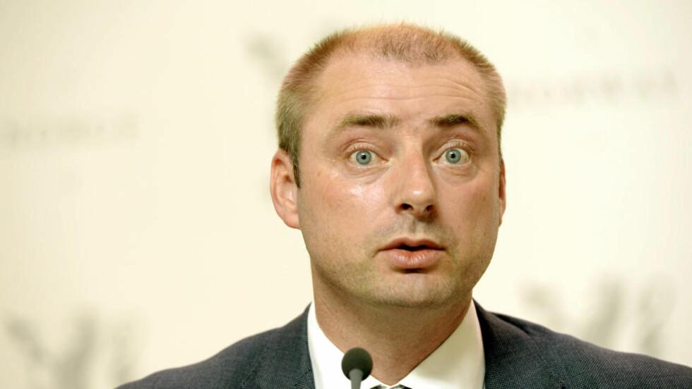 ENDRER: Arbeids- og sosialminister Robert Eriksson (Frp) forandrer skattereglene for uføretrygdede. Foto: Vidar Ruud / NTB scanpix