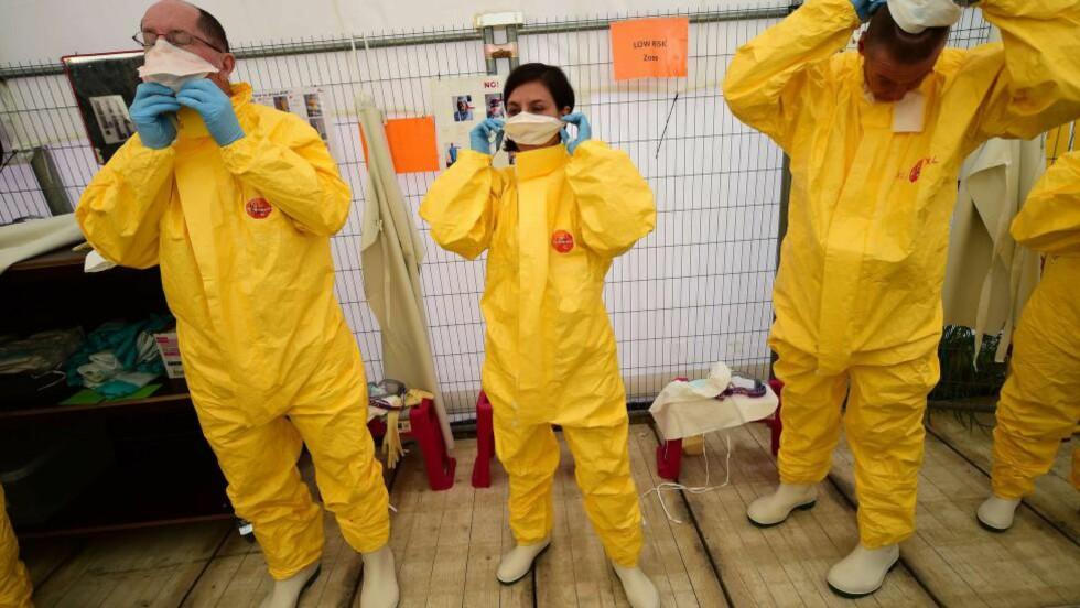 KAN RAMME EUROPA: Eksperter mener det er en betydelig risiko for at Ebola kan spre seg til Europa. Foto: Emmmanuel Dunand/AFP/Scanpix