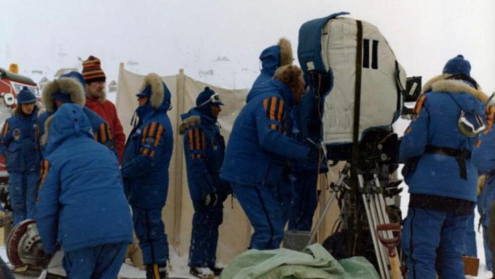 <strong>SVÆRT APPARAT:</strong> Omtrent fem ganger så mange norske filmarbeidere var i aksjon som det normalt var på en norsk spillefilm i 1979. Se flere bilder på Filter. FOTO: PER FRØLICH POPPE.