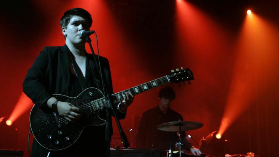 POPULÆRE: The xx består av Jamie Smith, Romy Madley Croft og Oliver Sim. Det britiske bandet startet opp i 2005. Foto: NTB Scanpix