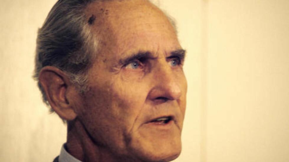 - FORRETNINGSMANN DØMT: I boka «Spaneren» av tidligere etterretningsleder Ørnulf Tofte (bildet) beskrives et tilfelle fra Danmark der en forretningsmann med navnet Weibel ble kontaktet av Viktor Kedorov fra den sovjetiske Handelsavdeling. Den danske forretningsmannen ble i 1978 dømt til åtte års fengsel for spionasje.  Foto: BJØRN OVE-HOLMBERG/NTB SCANPIX