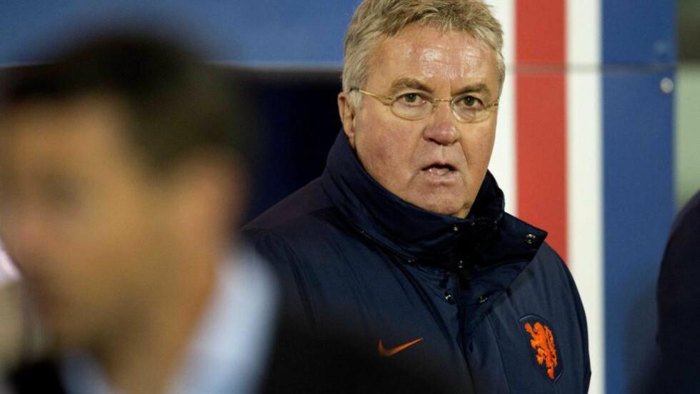 TAP: Guus Hiddink så Nederland tape 0-2 borte mot Island. Foto: EPA/OLAF KRAAK