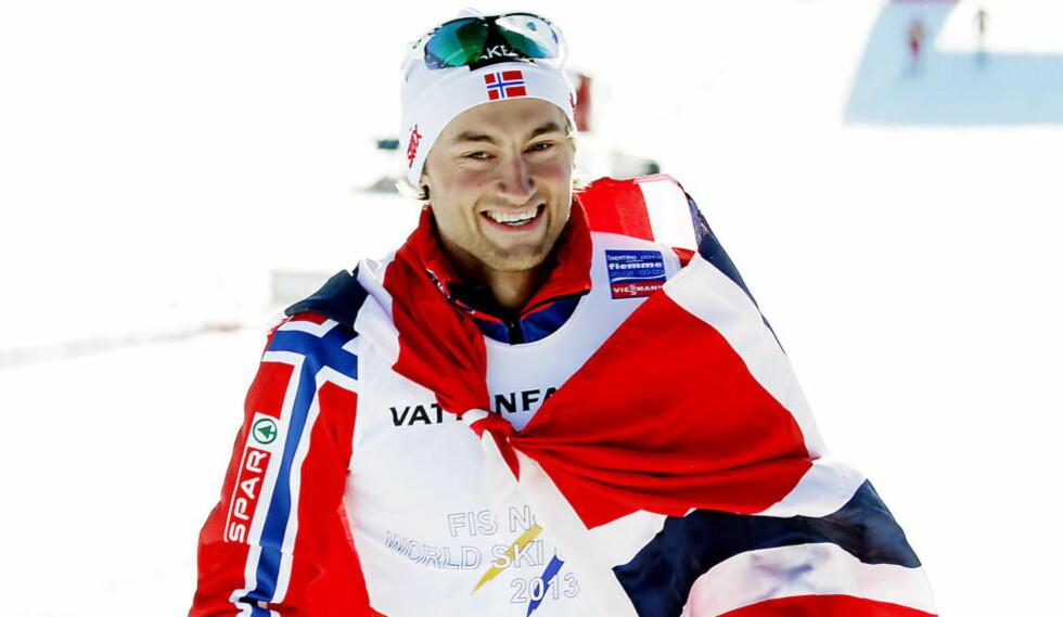 GULLSESONG:  Petter Northug tok to gull under VM i Val di Fiemme. Her etter seieren på 15 kilometer klassisk.  Foto: Bjørn Langsem / DAGBLADET.