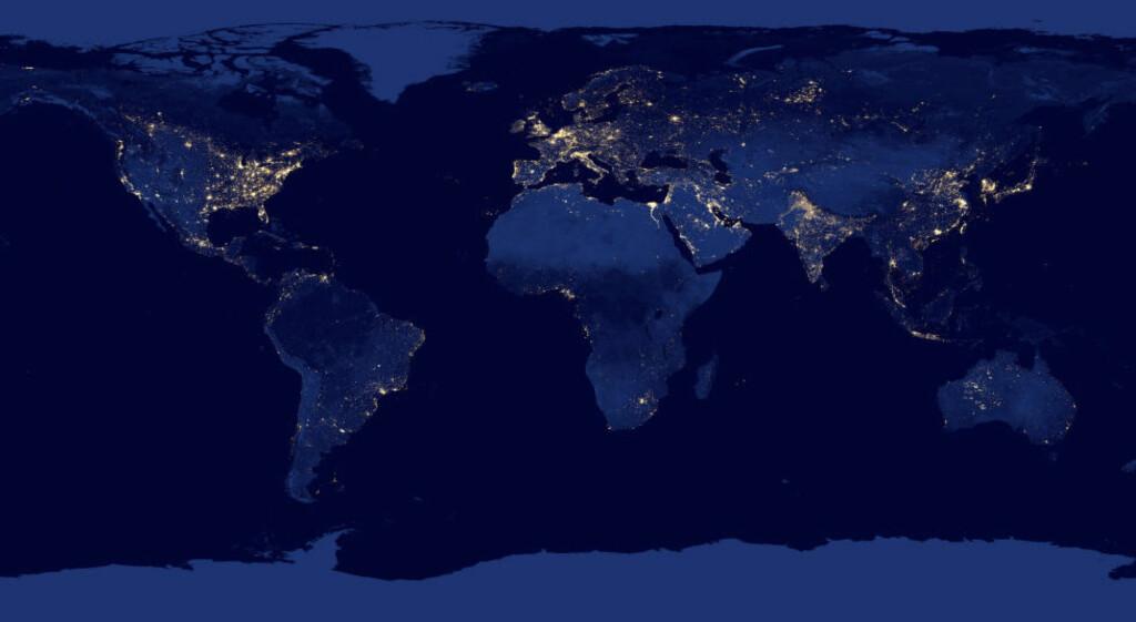 JORDA VÅR: Har menneskelig aktivitet endret jorda så mye at vi må inn i en ny tidsepoke. Det skal avgjøres i løpet av de neste to åra. Foto: NASA / NTB Scanpix