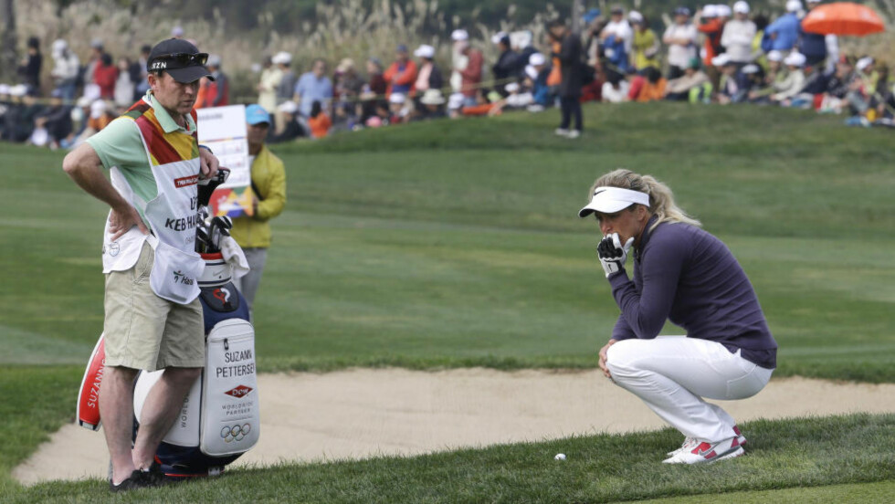 LITE STEMTE: Suzann Pettersen lyktes ikke spesielt bra på den siste dagen av LPGA-turneringen i Sør-Korea og falt fra en delt 3. til delt 12. plass på de 18 siste hullene. Foto: Ahn Young-joon / AP / NTB Scanpix