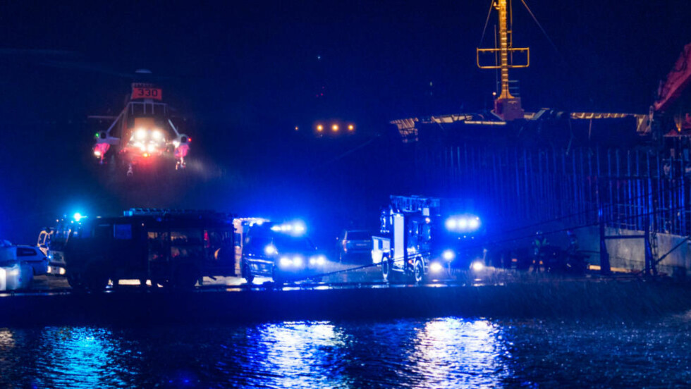 USIKRE:  Politiet vet ikke hva som har skjedd med tolleren, men mannskapet på båten blir avhørt natt til mandag. Foto: Studio Eidesvik.