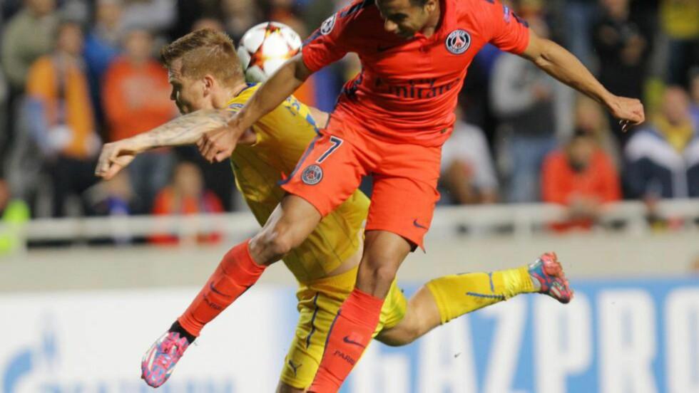 COMEBACK: John Arne Riise fikk endelig smaken på mesterligaen igjen i APOEL Nikosias 0-1-tap for Paris Saint-Germain. Foto: EPA/KATIA CHRISTODOULOU/NTB SCANPIX