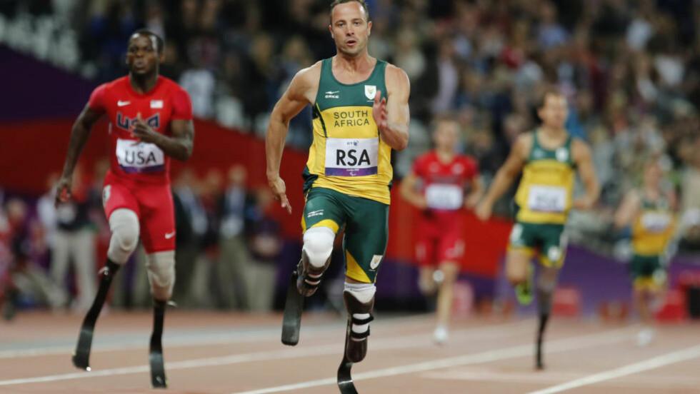 NEKTES: Den internasjonale paralympiske komité sier at Oscar Pistorius ikke får lov å konkurrere før enn etter at han har sonet ferdig dommen på fem år for drapet på Reeva Steenkamp. Foto: AP Photo / Emilio Morenatti / NTB Scanpix