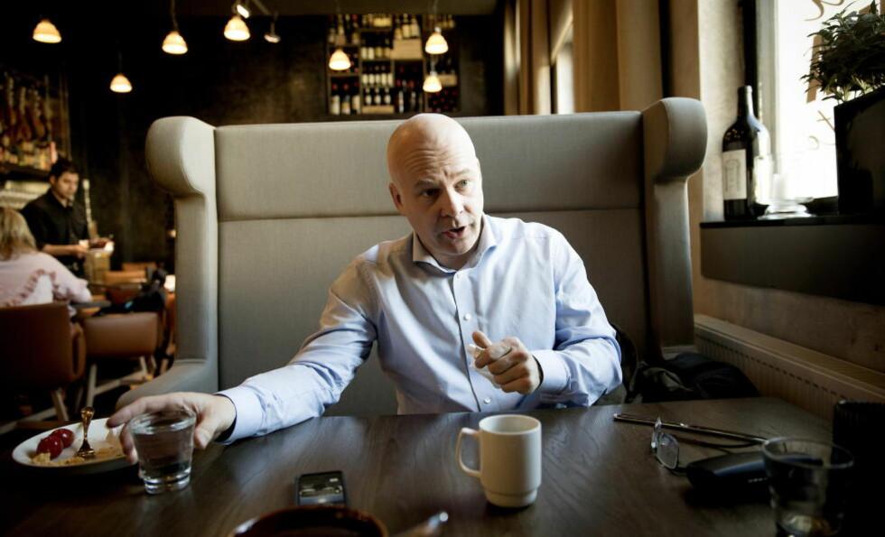 ET GODT VALG: NRK-sjef Thor Gjermund Eriksen mener valget av Olav Terjeson Sandnes som ny toppleder i TV 2 er godt. Foto: Bjørn Langsem