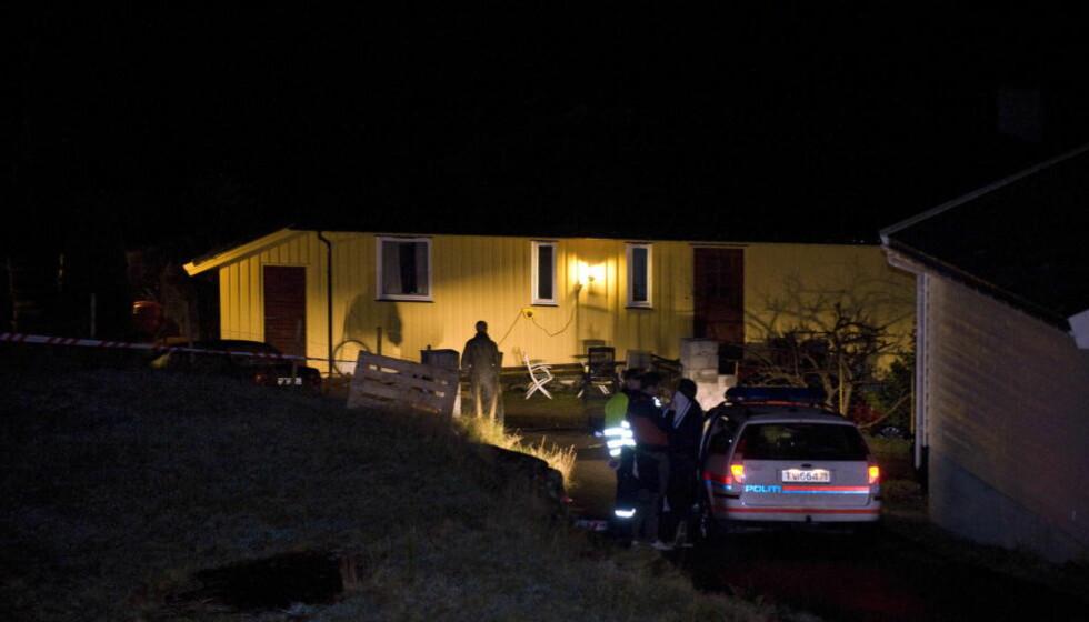 ÅSTEDET: I en sokkelleilighet i dette huset på Steinsland i Sund kommune på Sotra ble Monika funnet død.  Foto: Tor Erik H. Mathiesen/Dagbladet