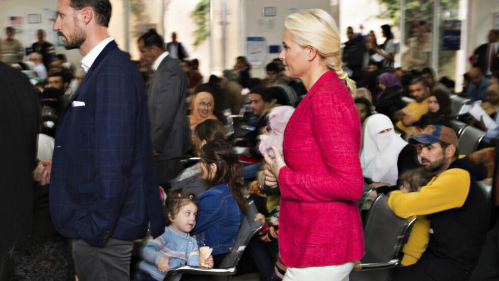 - GJESTFRIHET: Kronprinsparets todagersbesøk i Jordan er snart over. I dag besøkte de verdens største mottakssenter for flyktninger, hos FNs høykommisær for flyktninger, i hovedstaden Amman. Foto Hans Arne Vedlog  / Dagbladet