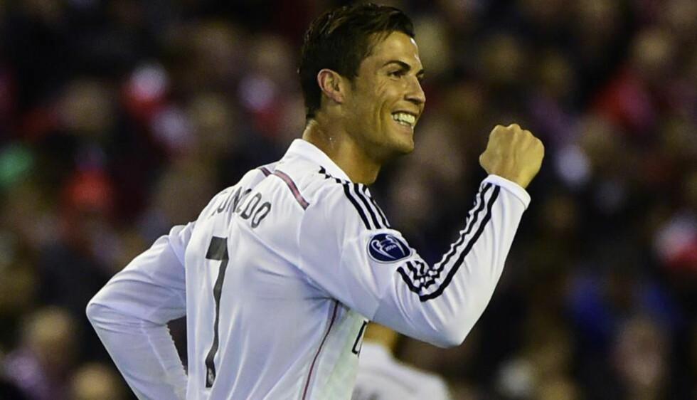 JUBLER OG JUBLER: Cristiano Ronaldo slutter aldri å imponere, og ser bare ut til å bli bedre og bedre jo eldre han blir. Men allerede som 15-åring kunne fotballdrømmen blitt knust for 29-åringen. Da måtte han gjennom en hjerteoperasjon for å fortsette å spille fotball. Foto: Pierre-Philipe Marcou / AFP / NTB Scanpix